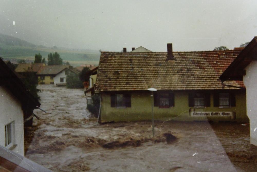 Hochwasser Neukirchen B Hl Blut